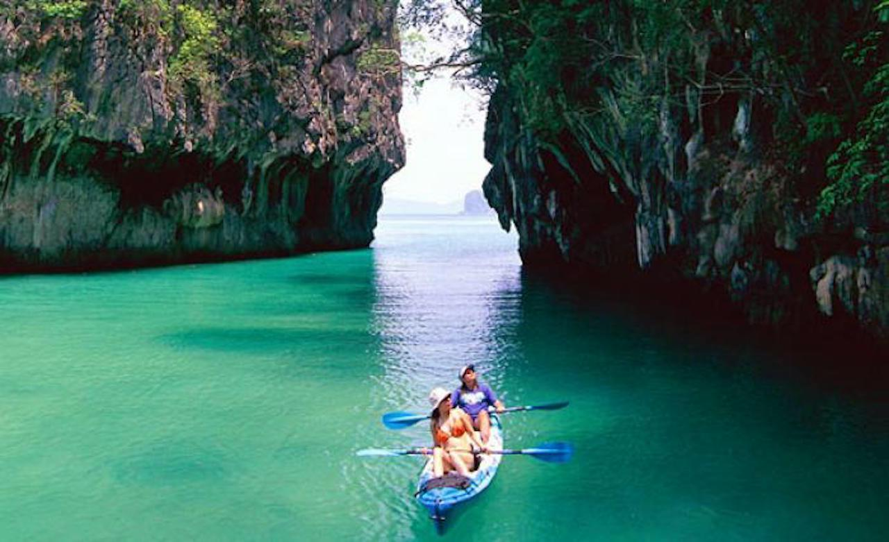 Hong Island Kayaking & Snorkeling tour