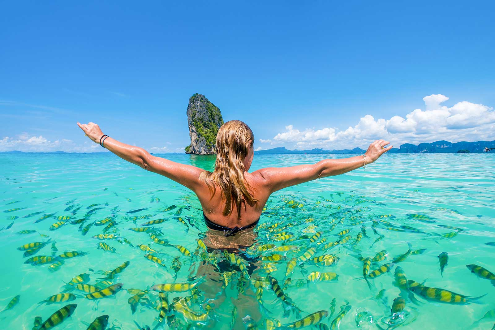 Aonang shopping street