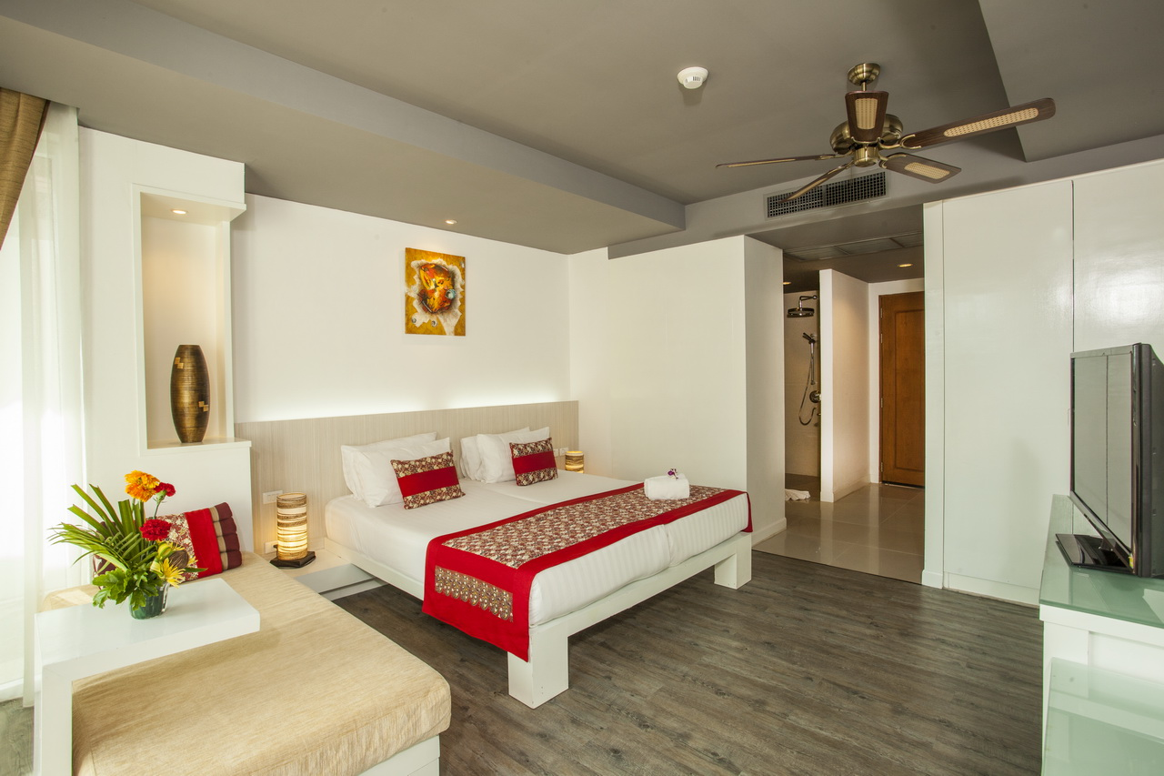 Aonang Cliff Beach Resort - Deluxe Room