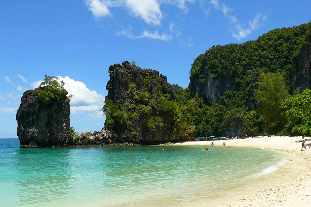 Krabi Thailand Hong Island Day Tour by Speed Boat | Packist com